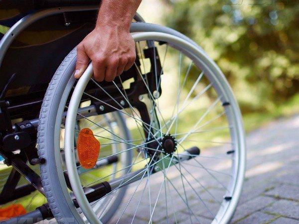 Могут ли судебные приставы взыскивать алименты с пенсии по инвалидности
