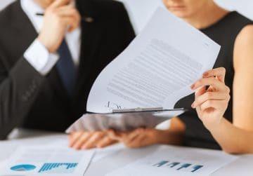 Трудовой договор с инвалидом 3, 2, 1 группы: образец 2020, особенности, дополнительное соглашение и расторжение