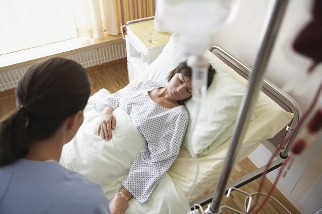 Дают ли инвалидность после удаления матки и яичников: показания и документы