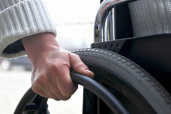 1 группа инвалидности: рабочая или нет, особенности условий труда