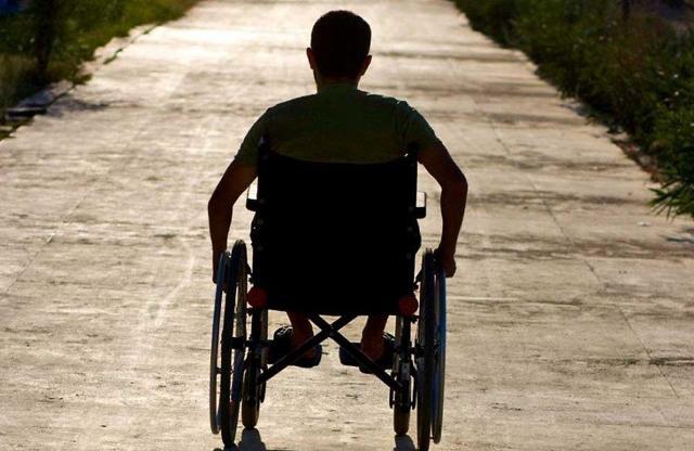 Пенсия по инвалидности 2 группы: размер минимальной и социальной пенсии