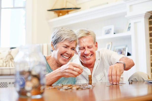 Пенсия по инвалидности и пенсия по старости: право на одновременное получение